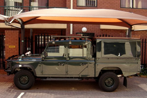 Mod no. 9 ZA Sticker. & 2006 Land Rover Defender 130 Td5